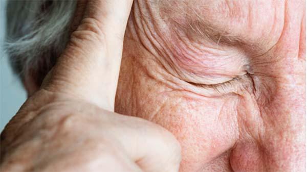 Patienter med stabil knoglemarvskræft lever med mange smerter