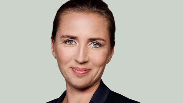 Mette Frederiksen varsler mulige ændringer i vaccineprogrammet